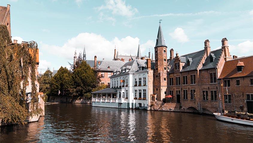 bruges belgium photo